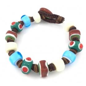 Moi Unico Armband mit grünen, weißen und hellblauen Glasperlen