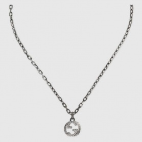 Gucci unisex necklace with double G pendant