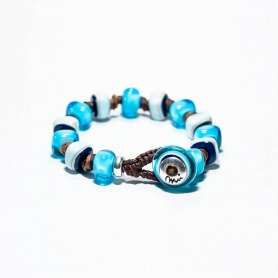 Moi Beach bracelet with unisex blue and turquoise glass stones