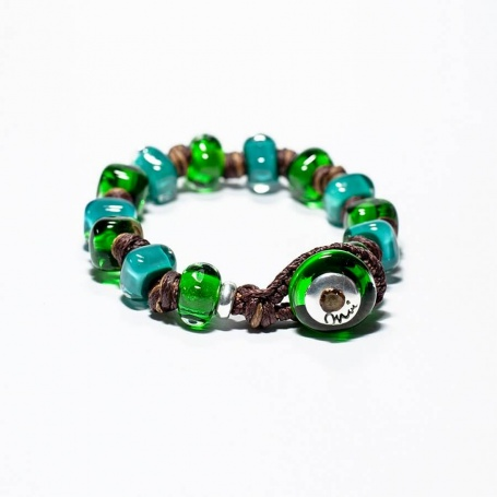 Moi Groovy bracelet with unisex green and turquoise glass stones