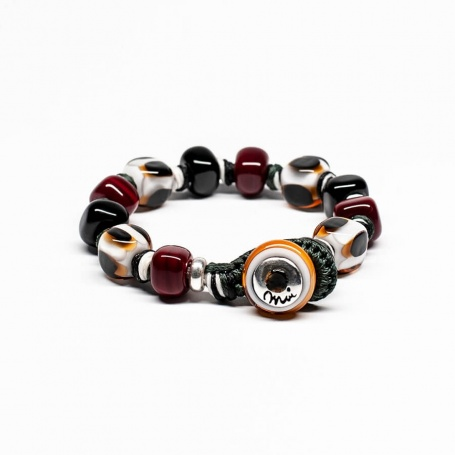 Moi Oros bracelet with unisex black and white Bordeaux glass stones