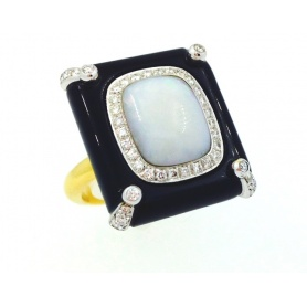Gold Ring whit Opal Diamonds and Onix - ANA778100