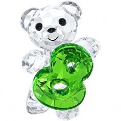 Kris bear – number eight-5108730