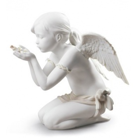 Sculpture in Porcelain Lladrò A breath of Fantasy