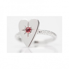 Otto Gioielli big heart ring in silver and red sapphire