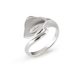 Annamaria Cammilli Calla Lily ring in white gold and diamonds-GAN0920W