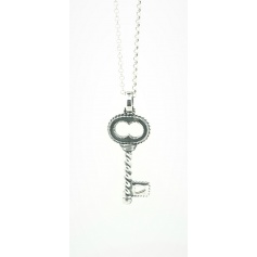Eight large silver key necklace Jewelry line Torcolo