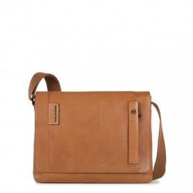 Messenger laptop bag leather P15PLUS-CA3348P15S line/CU Piquadro
