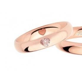 Fede Polello da donna in oro rosa con diamante a forma di cuore L2977DR
