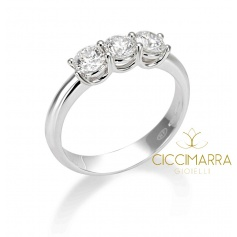 Classic Mimì Trilogy ring in gold with 0.43G diamonds