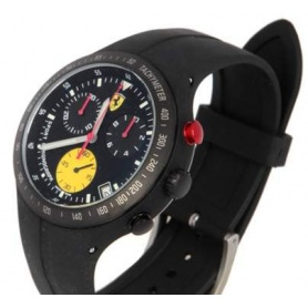 Scuderia Ferrari Pit Crew watch in black steel and rubber