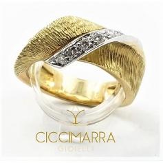 Vendorafa ring, ribbon in yellow gold and diamonds