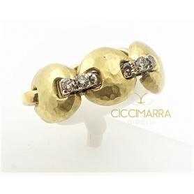 Vendorafa ring, gold button with diamonds