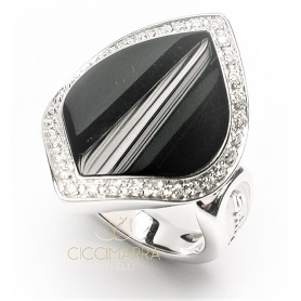 Salvini Times Square ring with onyx and diamonds