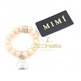 Elastischer Mimì Ring mit cremefarbenen Perlen und Herz Anhänger