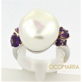 Mimì ring in silver, rose gold, Baroque Pearl and Amethysts